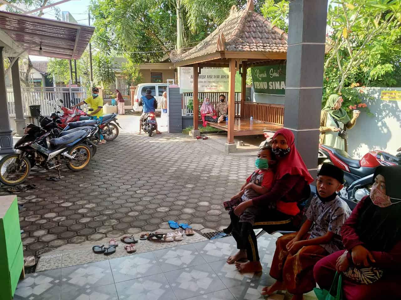 0853-3553-3563 Sunat Jember Anak-7524-IbnuSinaJember (29)